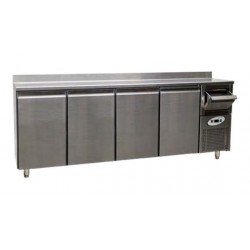 Altomostrador o mueble cafetero refrigerado CT 840 - 4 puertas
